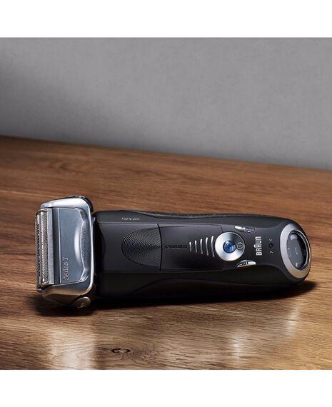 Series 7 Wet/Dry Electric Shaver Black plus Travel Case