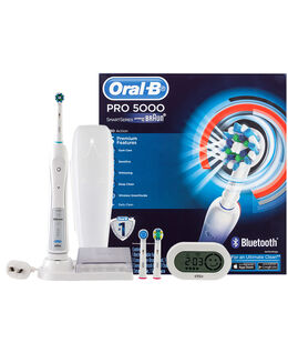PRO 5000 Electric Toothbrush incl. 3 Brush Head Refills