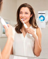 Oral-B Genius 8000 Electric Toothbrush 2 Handle Pack incl. 4 Brush Head Refills & Travel Case