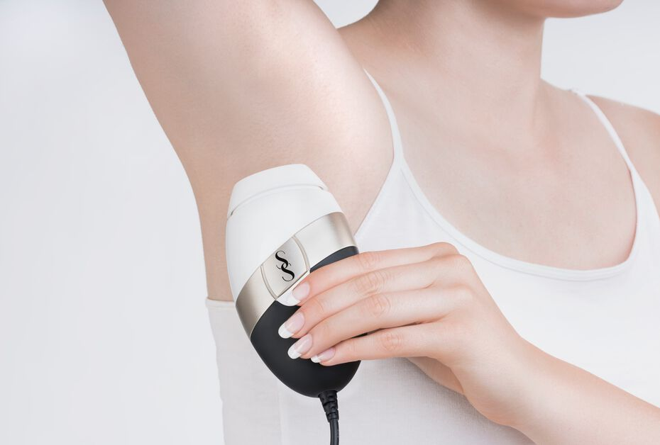 SmoothSkin | Bare IPL Long Term Hair Removal System - White