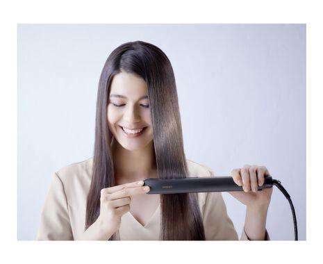 Hydrating Hair Straightener with Nanoe