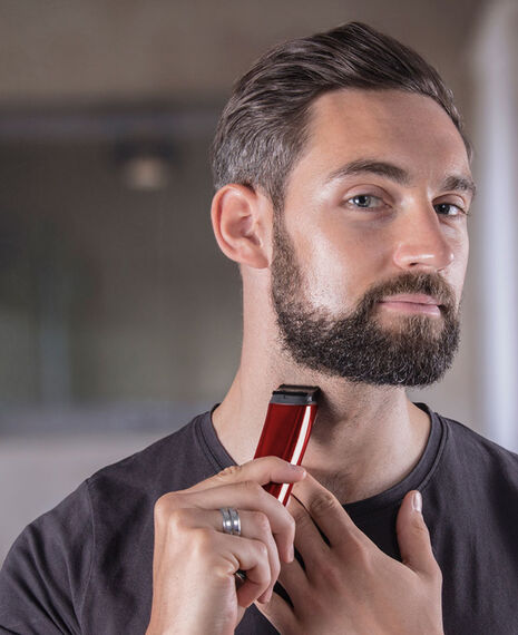 Stainless Steel Lithium Ion Beard Trimmer - Red