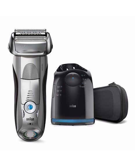 Series 7 Wet/Dry Electric Shaver Silver plus Clean&Charge Station & Travel Case