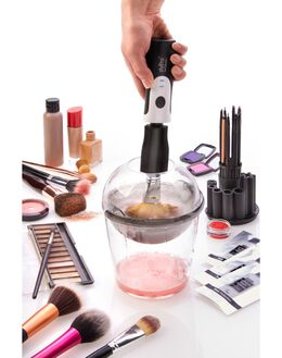 Expert Makeup Brush Cleaner
