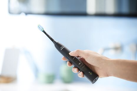 ExpertClean Black Electric Toothbrush